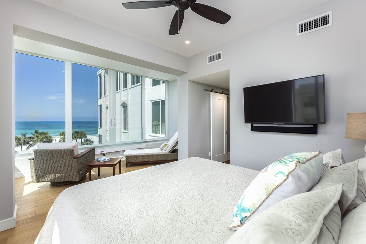 5 - Bayfront Renovation - Longboat Key - Bedroom